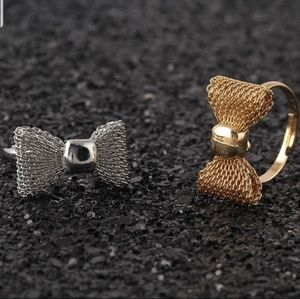 Jewelry - Beautiful Bow knot Silver Rings